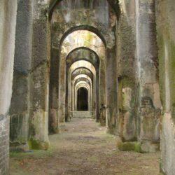 Addio a Giannina, la famosa custode della Piscina Mirabilis di Bacoli dalle lingue straniere improvvisate