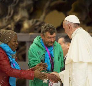 immagine-papa-giubileo-dei-poveri