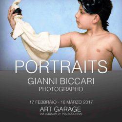 PORTRAITS: i ritratti di Gianni Biccari in mostra a Pozzuoli