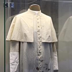 La reliquia di San Giovanni Paolo II nella Basilica San Lorenzo a Napoli, dal 10 al 18 maggio