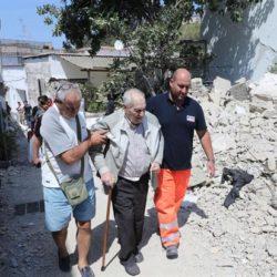 Terremoto ad Ischia, il cardinale Sepe esprime la vicinanza della Chiesa in Campania, la Caritas si attiva