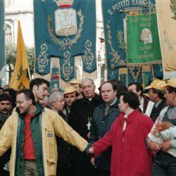 L'eredità di don Riboldi, vescovo e maestro, sempre in prima linea. Il ricordo di monsignor Pascarella