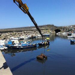 Ripuliti i fondali della costa e la Darsena del porto di Pozzuoli