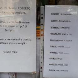 A via Piave c'è l'edicola delle... fate. La storia di Roberto, giovane giornalaio di Soccavo a Napoli