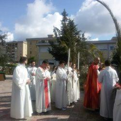 Maggio il mese della Madonna, delle rose e del rosario. A Monterusciello la Peregrinatio Mariae