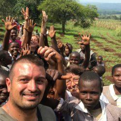 Il mese delle missioni: in Africa ricordando Imma Di Costanzo. La famiglia sulle tracce della volontaria scomparsa