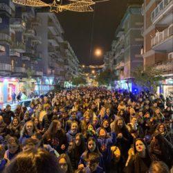 Per le vie del quartiere di Soccavo, oltre 800 giovani salesiani dell'Italia meridionale, nel nome di don Bosco