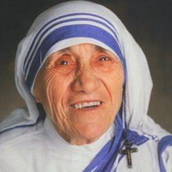 Monsignor Pascarella: sii anche tu una goccia di acqua pulita, ognuno deve essere in prima fila nella lotta alla povertà